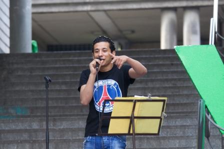 l'indien fait chanter la rue9