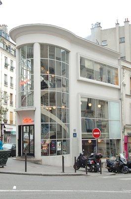 Le floor, 100 rue Myrha.