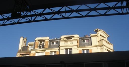 Une vision rare du 20 rue Léon depuis l'ICI voisin (Photo OR).