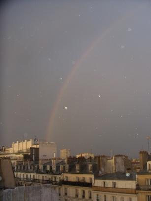 Arc en ciel sur quartier populaire (9 février 2014): Bientôt interdit ?