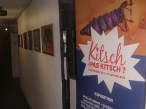 """... masqué par la palissade de """"Kitsch ou pas kitsch""""."""